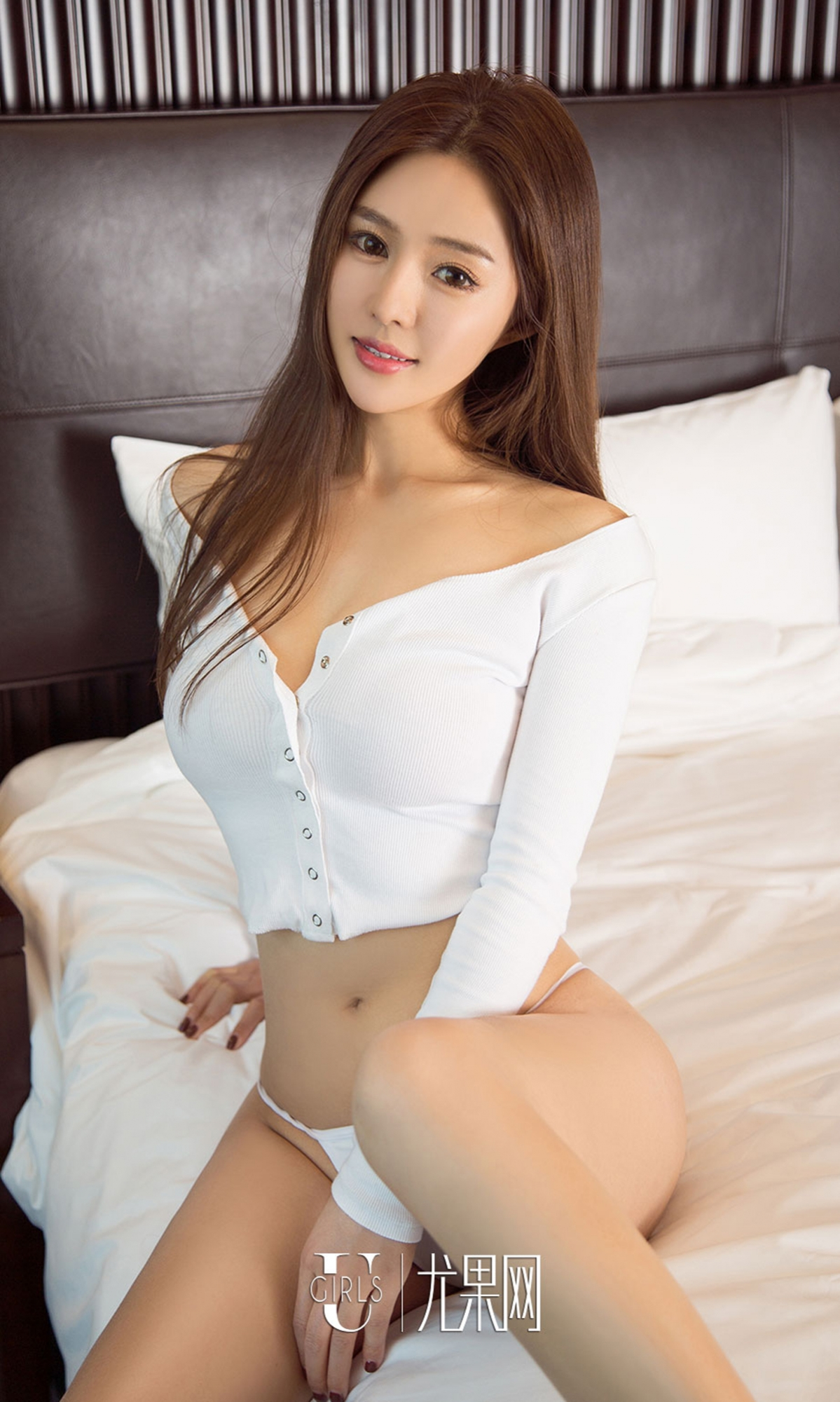 hot lingerie curved Chinese glamour
